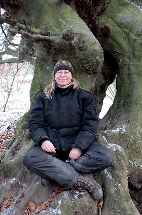 mindfulness by a tree